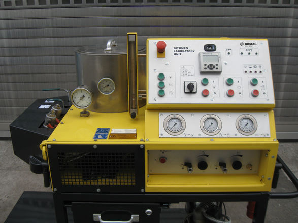 3-Laboratorium BTE02-bok